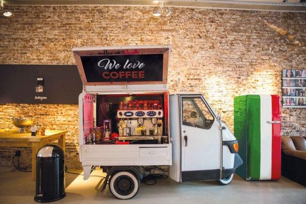 Piaggio-we-love-coffee 2 groot