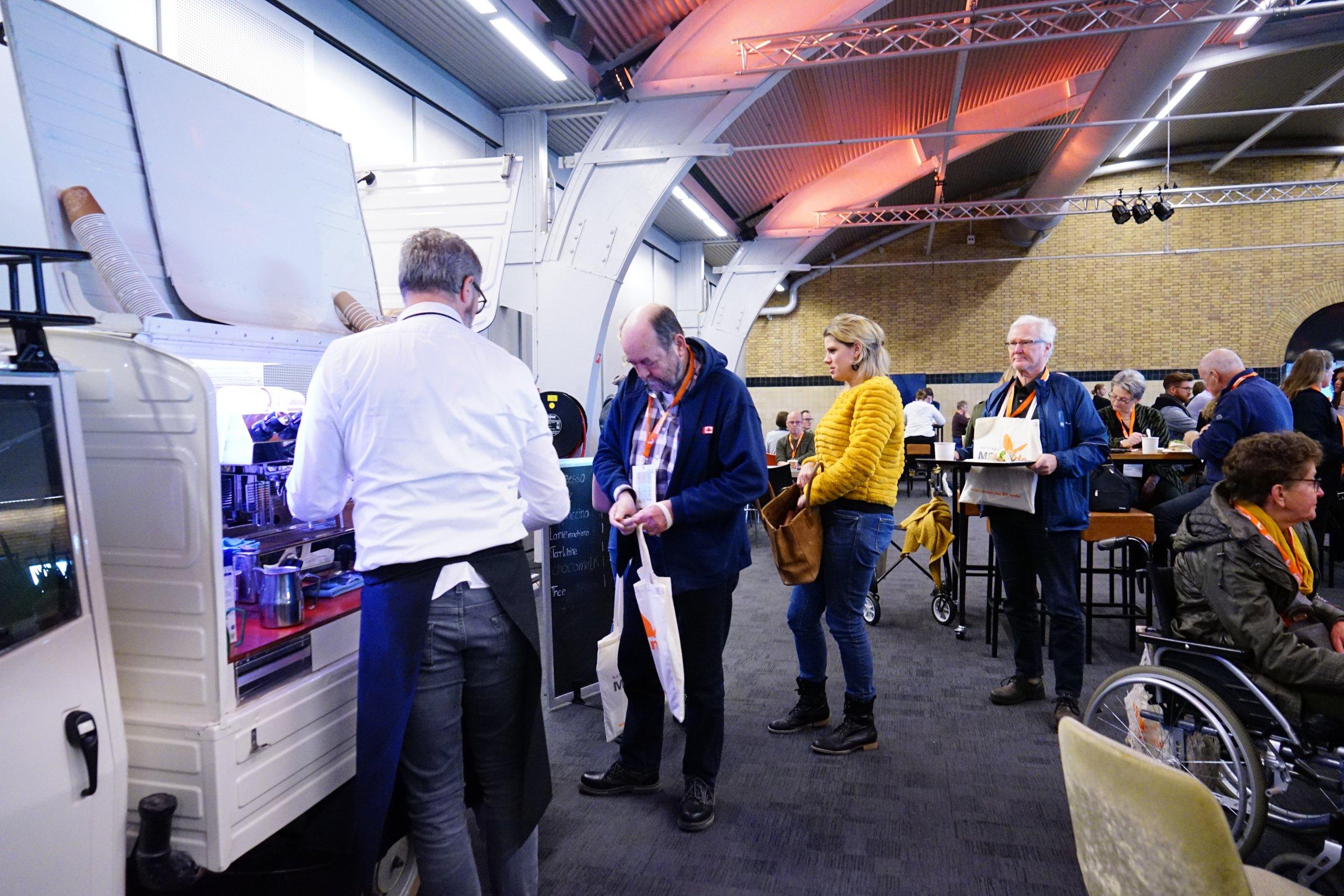 Coffee on Wheels Rotterdam draag MS Fonds een warm hart toe!